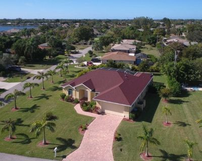 NEW VILLA in Top Position with high-quality equipment, sea water and jacuzzi - Caloosahatchee