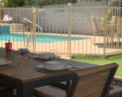 Central Tucson Home w/Salt Water Pool & Hot Tub, On Bike Path, 3 miles from UofA - Tucson