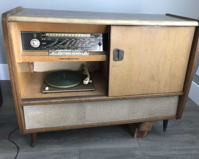 Vintage stereo and cupboard