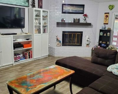 3 bedroom home in central neighborhood - West San Antonio