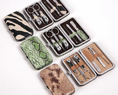 Designer 6 pc. nail manicure kits in case 3 styles