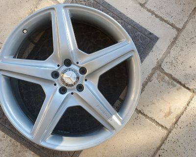 20inch AMG CL63 Front wheel 8.5x20