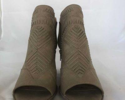 Women s Size 8.5 Shoes