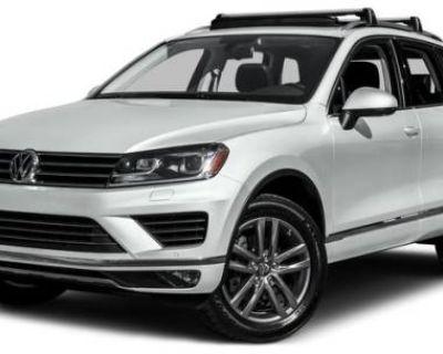 2016 Volkswagen Touareg V6 Lux