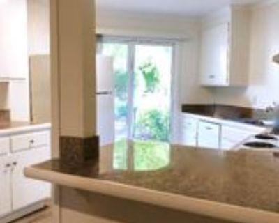 Lower Via Casitas #C1, Greenbrae, CA 94904 2 Bedroom Apartment