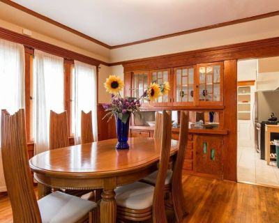 Classic Craftsman Home in the heart of Hollywood Location Location Since 2014. - Hollywood