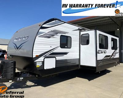 2022 Forest River Evo T2990