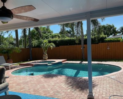 New Listing!!! Home away from Home. Salt water pool!!! - Pompano Beach