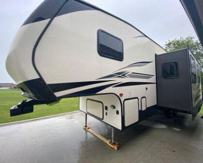 2019 Crossroads Volante 270BH 5th Wheel Camper For Sale