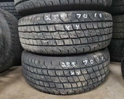 255/70R16 Ford Explorer Alloy Rims with New Tires