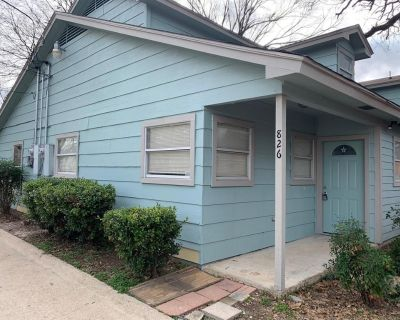 826 Samuels Ave, Fort Worth, TX 76102