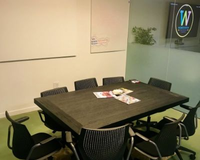 Spacious, Industrial, Modern Mojave Conference Room with Projector, Berkeley, CA