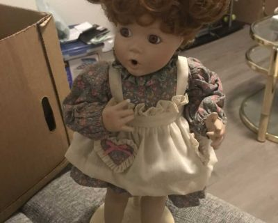Elaine Campbell doll Betsy 1991