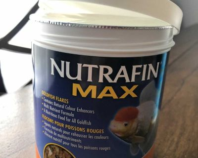 Nutrafin Max Goldfish Flakes and Tap water Condotioner (read please)