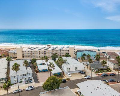 #C Updated 2 bed, 1 block to Beach, Esplanade, Riviera Village shopping! - South Redondo