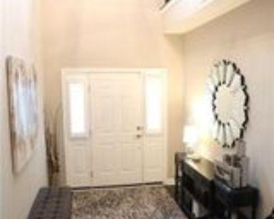 869 N Park Trail Dr, Carmel, IN 46032 3 Bedroom Condo