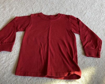Fruit of the loom plain red boys shirt size 4/5