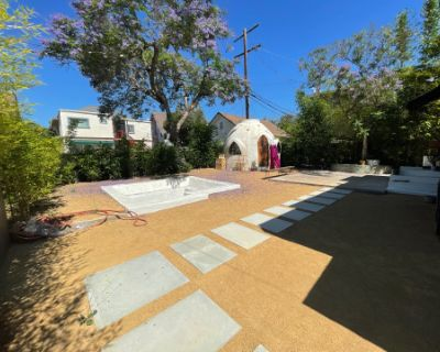 Bohemian Open Space near DTLA - includes Conversation Fire Pit!, Los Angeles, CA