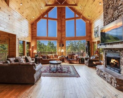Big Bear Lodge, 5 Bedrooms, Sleeps 26, Hot Tub, Privacy, Jacuzzis - Pittman Center