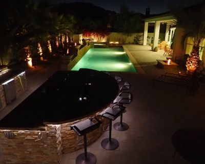 Griffin Ranch: Ultra Luxurious, Private Pool, Mature Palmtrees and Mountain View - Griffin Ranch
