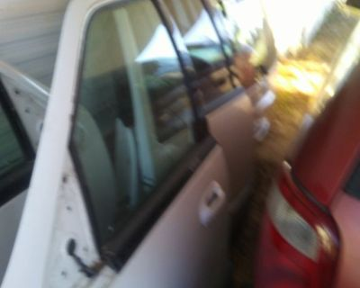Doors for a 2004 and 2003 ford expedition truck all great shape no dents