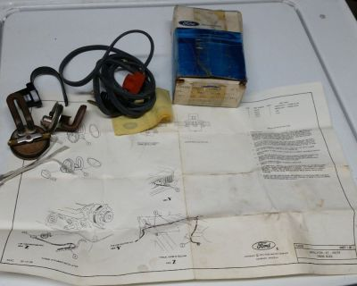NOS Genuine FORD Engine Block Heater Assembly D6AZ-6D008-A in great condition.