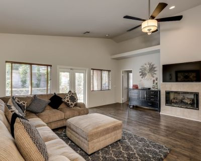 Luxurious Country Club Home w/Amenities. Mins to Golf, IW Tennis, Polo, and MORE - Indio