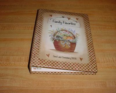 2008 Family Favorites Sand Lake Elementary Holmen WI Hardcover/Spiral Bound Church-Style Cookbook. Contents: Appetizers & Beverages ...