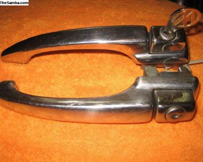 Keyed pair of 65-66 beetle door handles!