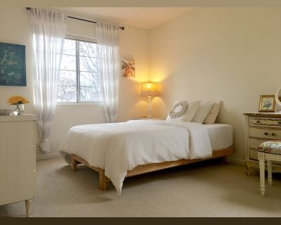 Room for rent in Ayer Lane, Milpitas - Furnished Private Bedroom in a Spacious, Clean Home