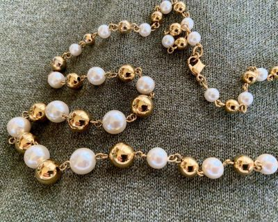Gold & Pearl Bead Necklace