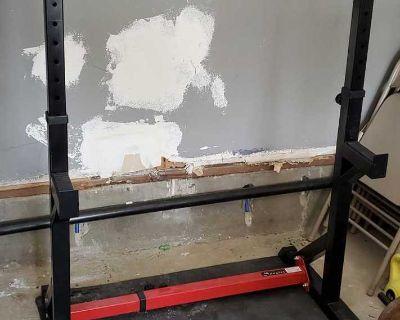 Home gym rack.