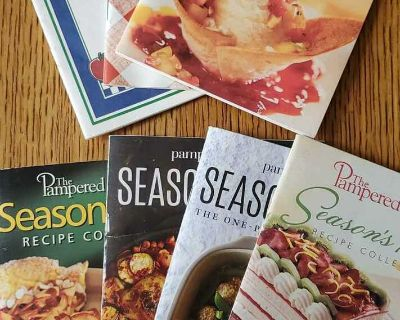 Assorted Pampered Chef seasons best recipe books