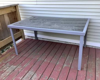 Patio table - free