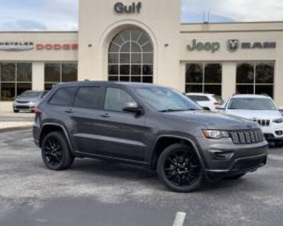 2018 Jeep Grand Cherokee Altitude RWD