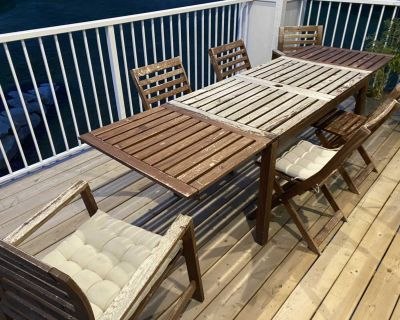 Patio Set - 6 Chairs, 6 Cushions, Extendable Table