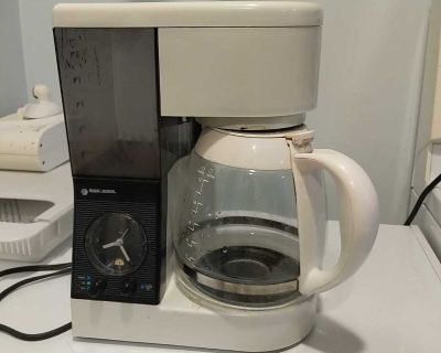 Black and decker timer, and clock coffee maker