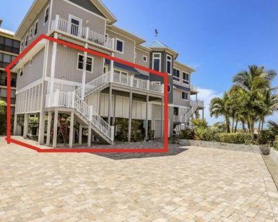 ~Warm Sands~ Fantastic Gulf Front Duplex! - Fort Myers Beach
