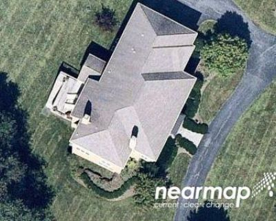 5 Bed 3.5 Bath Preforeclosure Property in Phoenixville, PA 19460 - Waverly Cir