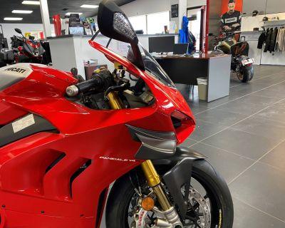 2020 Ducati Panigale V4 R Supersport West Allis, WI