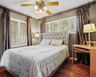 $1,000 per month room to rent in Mission Hills available from July 30, 2021