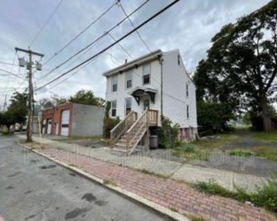 23 Benson St #BS, Albany, NY 12206 2 Bedroom Condo
