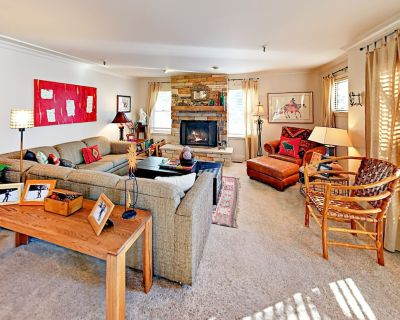 Stylish Condo w/ Prime Location   Steps from Main Street & Town Lift - Downtown Park City