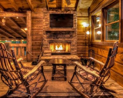 Stress Free Summit - Mountain Views | Outdoor Fireplace | Gas Grill - Blue Ridge
