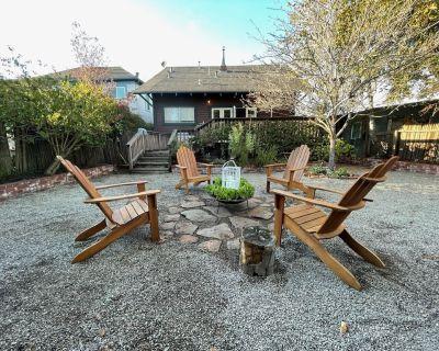 A private, comfy home near everything that's happening in Petaluma! - Petaluma