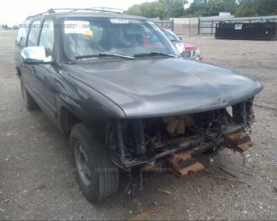 Salvage Gray 2000 Chevrolet Suburban