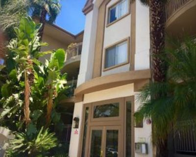 4646 Willis Avenue #210, Los Angeles, CA 91403 Room