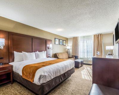 Comfort Inn & Suites Dayton North - Murlin Heights