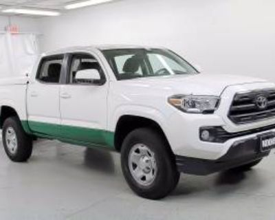 2016 Toyota Tacoma SR5 Double Cab 5' Bed V6 RWD Automatic