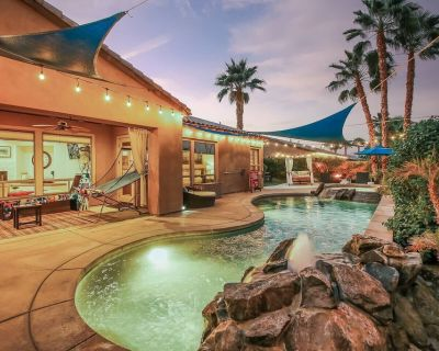 Good Vibrations: Vacay All Day w/ POOL, SPA, GAMES - Indio
